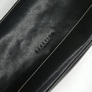 Reaction by Kenneth Cole purse